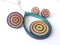 Retro Bull's Eye Modern Paper Quilling Pattern Free Tutorial.