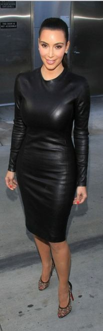 Kim Kardashian - Black Long-Sleeved Leather Dress