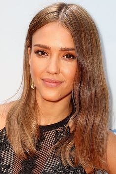 Jessica Alba's best beauty and makeup looks
