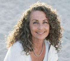 The Best Curly Hairstyles for Women Over 50 | Curly hairstyles ...