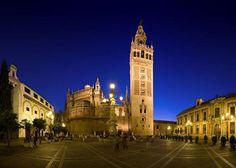 Sevilha - Marcos históricos e belíssima arquitetura - http://www.nostresstrips.com/europa/espanha/sevilha-marcos-historicos-e-belissima-arquitetura/?utm_source=PN&utm_medium=posts&utm_campaign=Sevilha+-+Marcos+hist%C3%B3ricos+e+bel%C3%ADssima+arquitetura
