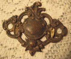1 Antique Brass Medallion Adornment Finding Supply by StarPower99, $4.80