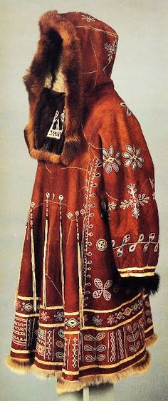 costume traditionnel, Sibérie, ethnie Koryak, Kamchatka, peau, fourrure, cuir, matières animales, manteau