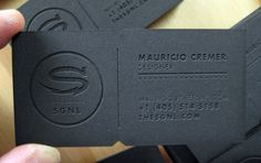 The Bright Effect of Black Business Card and 18+ Examples | Orphicpixel