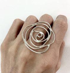 verklaring van de grote zilveren ring grote Zilveren Roos ring