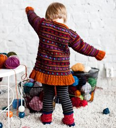 Neulo tytölle tunika – Kotiliesi Knitting For Kids, Leg Warmers, Needlework, Knit Crochet, Malli, Kids Rugs, Baby Style, Crocheting, Toddlers