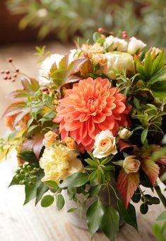 Fall Bouquets, Wedding Bouquets, Wedding Flowers, Flower Room Decor, Flower Decorations, Orange Flowers, Beautiful Flowers, Flower Names, Flower Farm