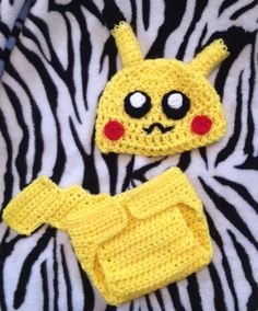 Look at this stinking cute crochet pikachu diaper cover and hat pattern! LOVE IT!!
