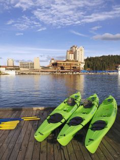 Kayaks Await the Guests at the Coeur D'Alene Resort on Lake Coeur D'Alene, Idaho, Usa Cool Places To Visit, Places To Travel, Places To Go, I Want To Travel, Us Travel, Coeur D'alene Idaho, Coeur D Alene Resort, Kayaking, Canoeing