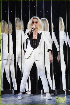 Grammys 2017: Katy Perry Performs 'Chained to the Rhythm' - Watch Now!