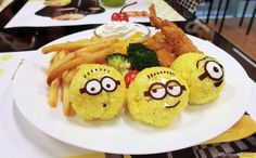 The Minions Cafe opens today! Fans of the adorable yellow creatures, head over to Orchard Central for Minions-inspired bites and check out the exclusive merchandise!