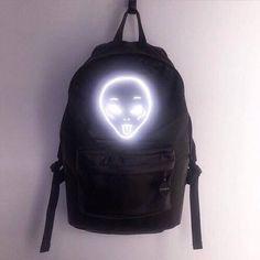 mochila aliens