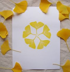 Fun craft for homemade cards Nature Crafts, Fall Crafts, Arts And Crafts, Paper Art, Paper Crafts, Stamp Carving, Mellow Yellow, Art Plastique, Fabric Painting