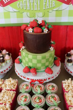 Strawberry Shortcake Party.... Emily Huff this made me think of Ava.