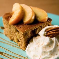 Apple Gingerbread- i think i will make this tonight, replace honey for molasses, reduce sugar and use yogurt instead of sour cream!