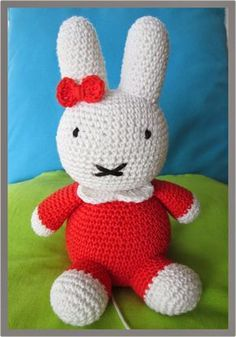 hook drawings and more .: Give-Away pattern! Crochet Bunny, Crochet For Kids, Crochet Animals, Crochet Dolls, Granny Square Crochet Pattern, Crochet Patterns, Baby F, Baby Vest, Pet Toys