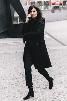 This Is How It Girls Are Wearing Cropped Pants With Booties via @WhoWhatWearUK
