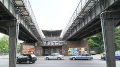2016 Berlin - Siemensbahn in Siemensstadt: Stillgelegter S-Bahnhof Werner-Werk. ☺