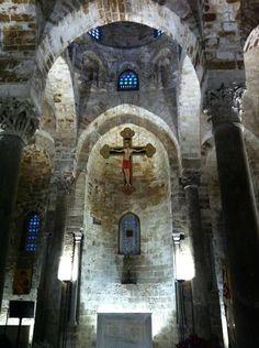 Interno della Chiesa di San Cataldo del 1154  tra le più belle a Palermo  ph Roberta Iannì
