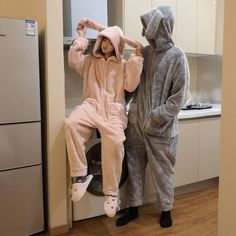 Cute Lazy Outfits, Trendy Outfits, Fashion Outfits, Cute Pajama Sets, Cute Pajamas, Cosy Outfit, Pajama Outfits, Couple Outfits, Cute Skirts