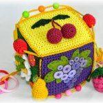 МамАнин блог:Вязанный кубик для малышей