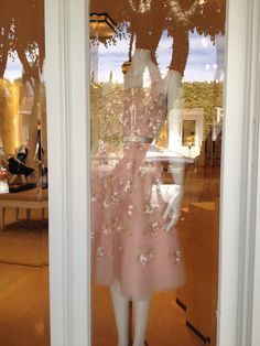 Bridal Wedding Gowns Oscar de la Renta Store / Boutique on Melrose in Los Angeles, CA