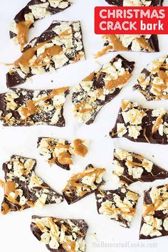 Easy Christmas crack bark the flavors of traditional Christmas crack chocolate crackers and caramel but minutes to make. Best Dessert Recipes, Candy Recipes, Easy Desserts, Sweet Recipes, Holiday Recipes, Delicious Desserts, Christmas Recipes, Fudge Recipes, Family Recipes