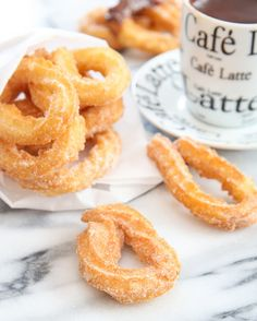 Spanish-style churros with chocolate, also referred to as churros con chocolateare easy to make in your own home. These churros are light, airy and crisp served with a thick, almost-pudding like hot chocolate. During my trip to Barcelona, I fell in love with Spanish-style churros. Even though there were so many different restaurants and dishes …