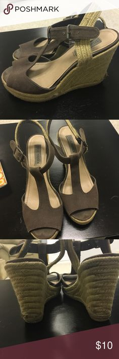 Steve Madden size 8 wedges Comfortable size 8 Steve Madden wedges! Steve Madden Shoes Wedges