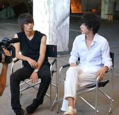 "Look at Masa's legs lol Interview before filming the final showdown. Kento Yamazaki x Masataka Kubota, J drama series ""Death Note"", [Ep. w/Eng. sub] http://www.dramatv.tv/search.html?keyword=Death+Note+%28Japanese+Drama%29"