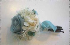 MINI RAMO preservado con rosa azul y hortensia blanca.