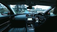 Jaguar Land Rover introduces the 360 Virtual Urban Windscreen, a new way to interact with the interior of a car. Nice tech.