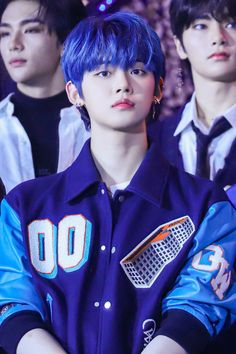 yeonjun with blue hair is just everything Kai, K Pop, The Dream, March 4, Handsome Boys, Pop Group, K Idols, Blue Hair, Memes