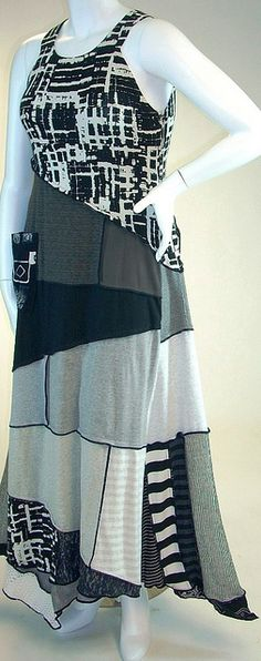repurposed t-shirts - I can't believe how much I like this dress!!!!!