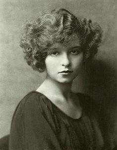 クララ・ボウ - Wikipedia