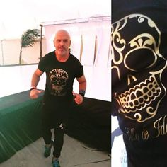 T-shirt Sello de Identidad... Calavera...