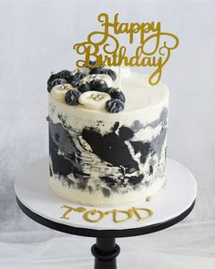 Modern Birthday Cakes, Small Birthday Cakes, Birthday Cake For Him, Beautiful Birthday Cakes, Buttercream Cake Designs, Buttercream Cake Decorating, Cake Decorating Tips, Fondant Cakes, Cupcake Cakes