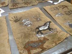 Pittura rupestre...classe 3a - MaestraMarta Butcher Block Cutting Board, 3, Africa, History, Rock Art, Museum, Historia, Afro