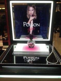 POISON GIRL GALERIES LAFAYETTE DISPLAY Pos Display, Counter Display, Display Design, Product Display, Perfume Testers, Acrylic Trophy, Perfume Display, Acrylic Furniture, Cosmetic Display
