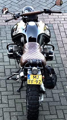 BMW gs scrambler - Bmw r 1150 adventure scrambler - Motorrad Kids Motorcycle Helmets, Motorcycle Travel, Bmw Scrambler, Bmw Boxer, Bmw Cafe Racer, Cafe Racer Motorcycle, Bmw R1100gs, Motos Retro, Gs 1200 Adventure