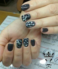 #nails #nailart #handmadenailart #beautymakesyouhappy