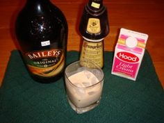 Great for St. Patrick's Day or Christmas. Nutty Irishman... I love this drink!
