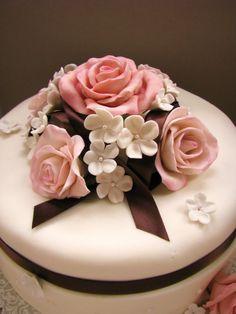 Mother's Day Gift Ideas From:  Capri Jewelers Arizona ~ www.caprijewelersaz.com  mothers day cake