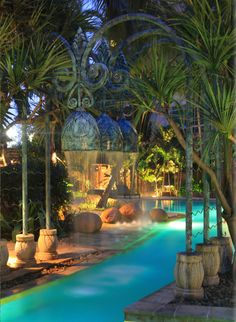 FOUR SEASONS HOTEL JAKARTA, INDORNESIA: Designed by BENSLEY