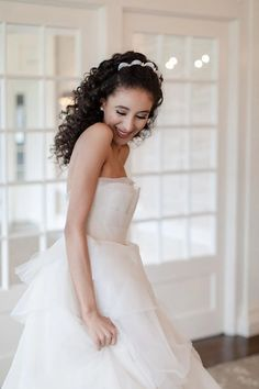 5 Tips for Weather Proofing Your Wedding Day Hair - Bridal Musings Country Wedding Dresses, Black Wedding Dresses, Princess Wedding Dresses, Elegant Wedding Dress, Cheap Wedding Dress, Fit And Flare Wedding Dress, Wedding Dress Shopping, Mermaid Dresses, Clean Lines