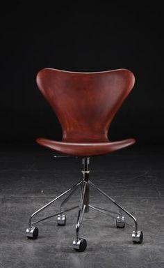 Arne Jacobsen, model 3117