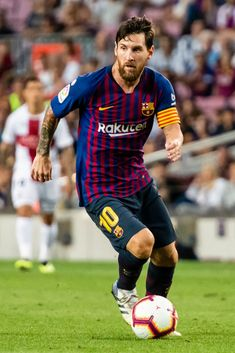 Lionel Andres Messi of FC Barcelona in action during the La Liga. Mexican Soccer Players, Best Football Players, Camp Nou, Fc Barcelona Players, Lionel Messi Wallpapers, Argentina National Team, Remo, Best Club, Neymar Jr