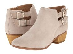 Womens Shoes Clarks Spye Astro Casual Suede Ankle Booties 14699 Sand *New* Shoes Uk, Sock Shoes, Shoe Boots, Tan Booties, Black Ankle Booties, Crazy Shoes, Me Too Shoes, Clarks, Cute Ankle Boots