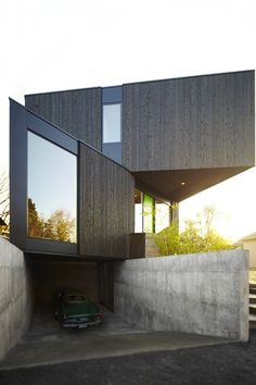 """The Taft Residence """"Homb."""" A Green Prefab from Skylab Architecture and Method Homes. Modern Exterior, Interior Exterior, Exterior Design, Minimalist Architecture, Beautiful Architecture, Residential Architecture, Interior Architecture, Architecture Portfolio, Lofts"""