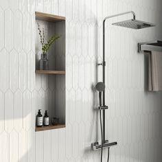 Master Bathroom Shower, White Bathroom Tiles, Bathroom Shower Remodel, Bathroom Tile Showers, Small Tile Shower, Tile Shower Niche, Master Bath Tile, Tile For Small Bathroom, Tiled Showers
